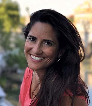 Mª Reyes Anaya